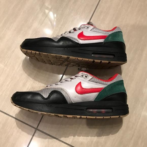 uk availability cc3bc a3d44 Men s Nike Air Max 1 iD  433213-998  Size 9. M 5a79d4b7c9fcdfc8a96c2feb